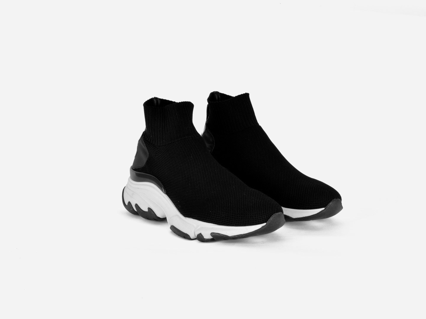 pregis ryder black sock oversized runner sneaker designed in London